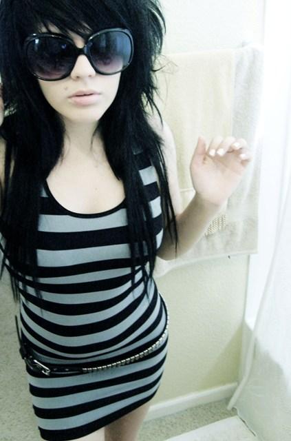How To Dress Up Like An Emo Girl