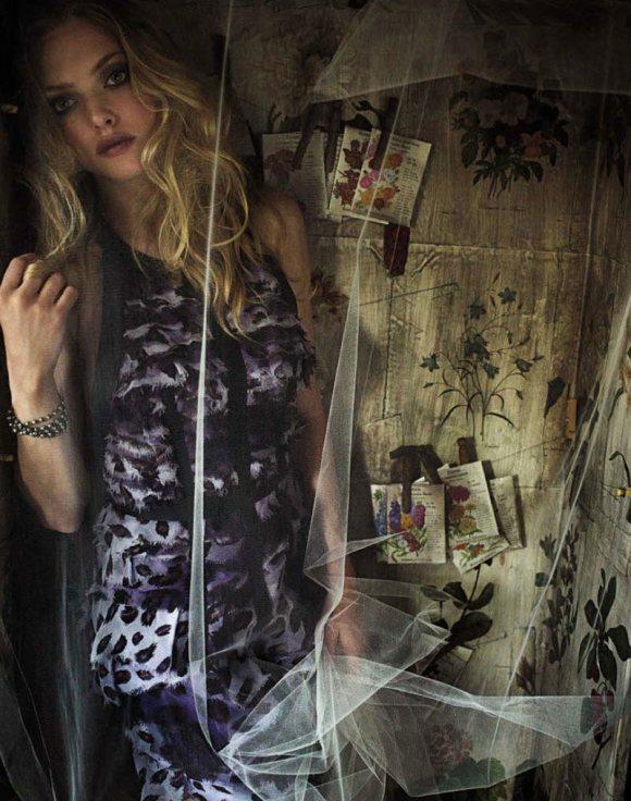 Amanda Seyfried Marie Claire UK April 2011 3
