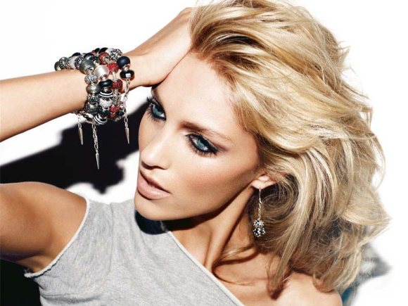 Anja Rubik Apart Jewelry 2011