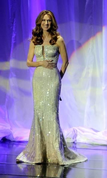 Celine Dion Colosseum Caesars Palace gown-1