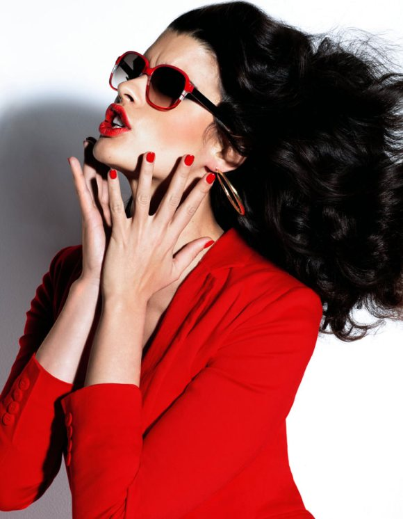 Crystal Renn Vogue Mexico April 2011-3