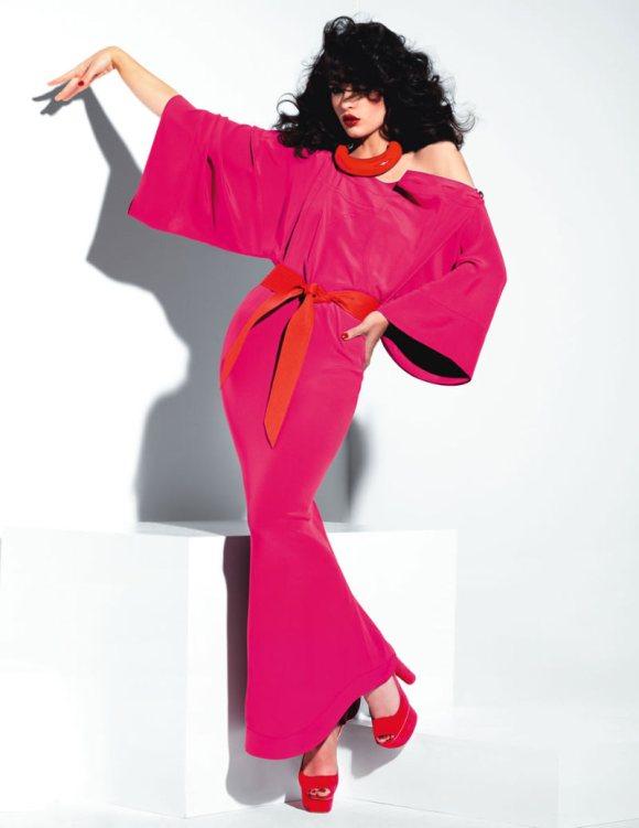Crystal Renn Vogue Mexico April 2011-7