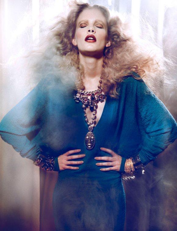 Ilse de Boer Vogue Portugal April 2011 6.jpg