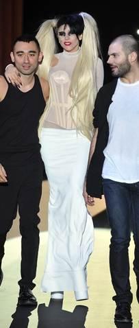Lady Gaga walks the ramp for Mugler-2