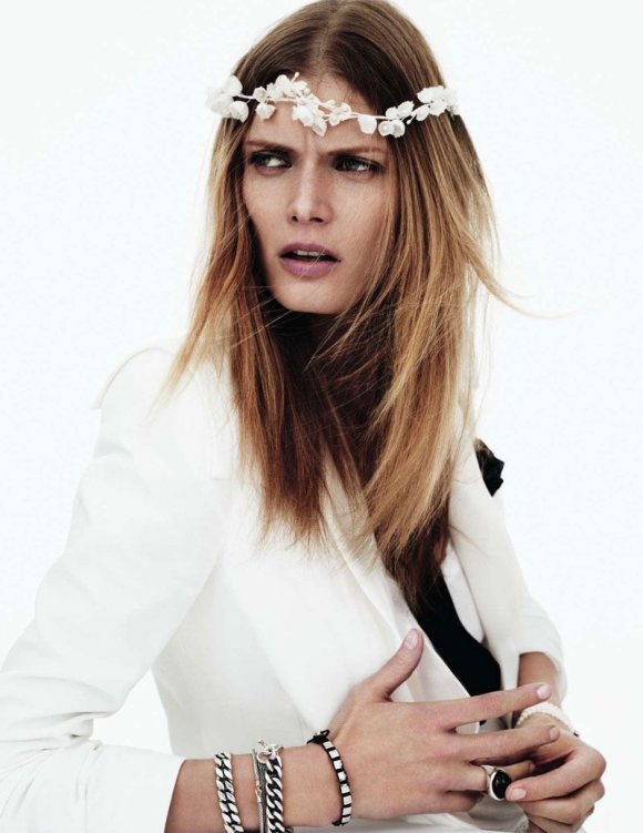 Malgosia Bela Vogue Paris April 2011
