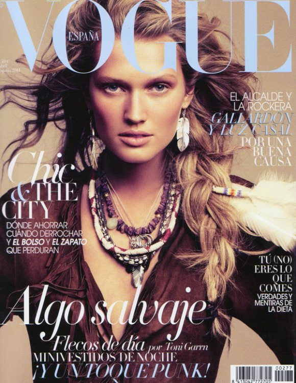 Toni garrn for vogue spain april 2011 Revista fashion style magazine