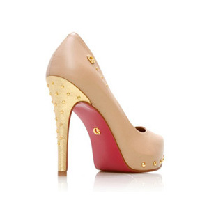 Brazilian shoemaker sued for red sole