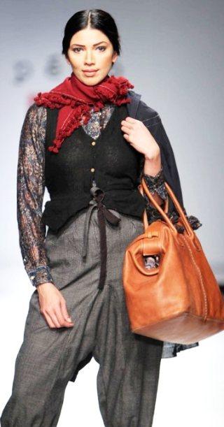 Designer Aneeth Arora A-W 2011-2