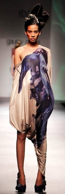 Designer Gaurav Gupta A-W 2011-3