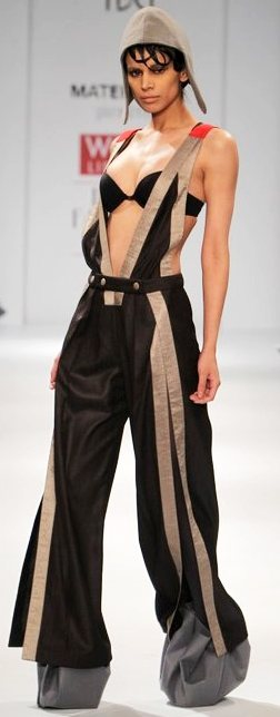 Designer Gaurav Ritika A-W 2011-2