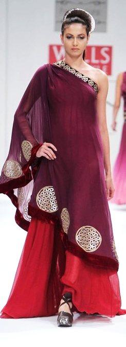 Designer Pallavi Jaipur A-W 2011-1