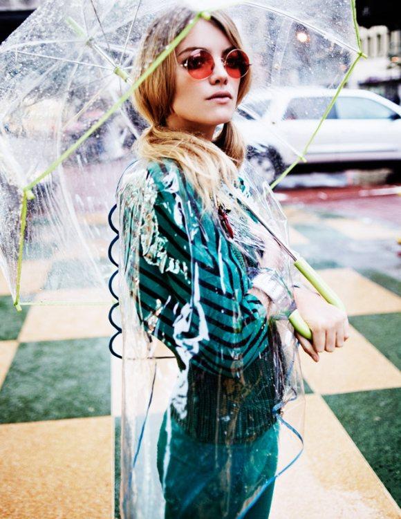 Elyse Saunders Elle Italia April 2011