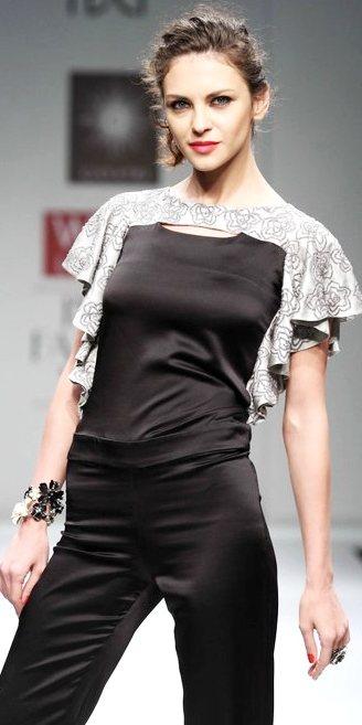 Gayatri Khanna A-W 2011-1