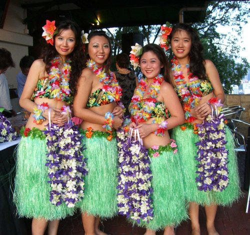 Hawaiian fashion