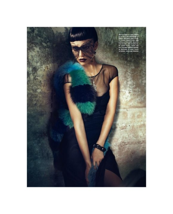 Jessica Alba Vogue Italia April 2011