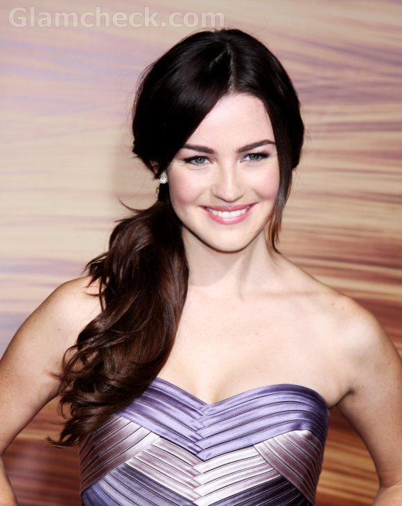 Jonna Walsh Elegant Side swept Ponytail Hairstyle