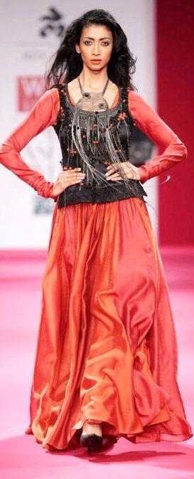 Ritu Kumar A-W 2011-1