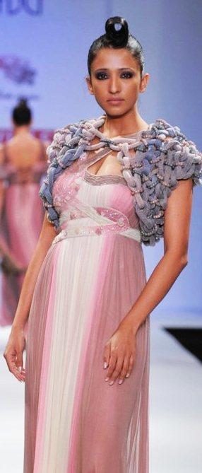WIFW geisha by Designer paras-shalini A-W-2011-1