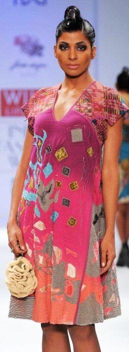 WIFW geisha by Designer paras-shalini A-W-2011-3