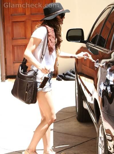 celebrity short shorts Spring 2011 trend