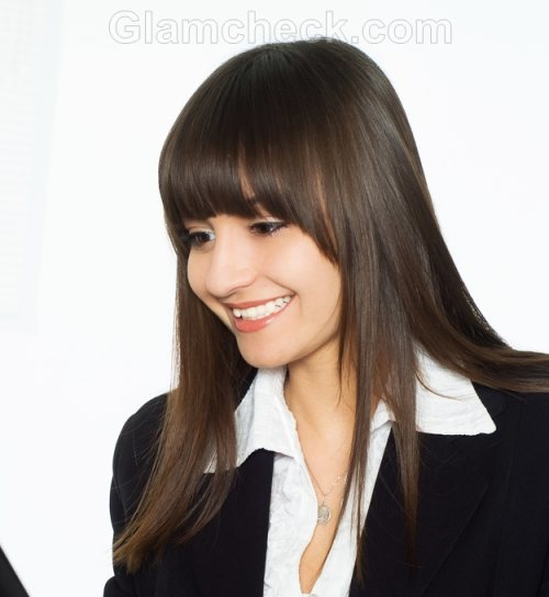 Business women hairstyles long hair open bangs