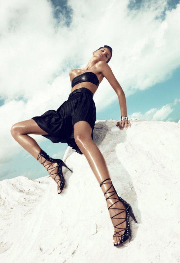 Izabel Goulart Vogue Spain May 2011