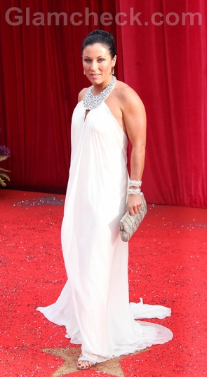 Jessie-Wallace-white-gown-2011-british-soap-awards