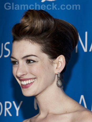 Anne Hathaway hairstyle updo