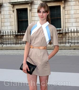 Beige-dress-Edie-Campbell-celebrity-street-style
