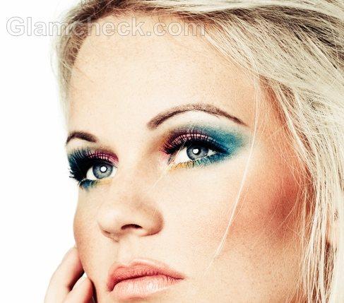 Blue-eye-makeup-11