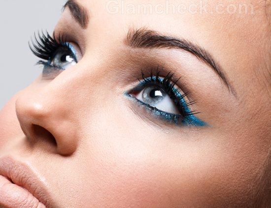 Blue-eye-makeup-12
