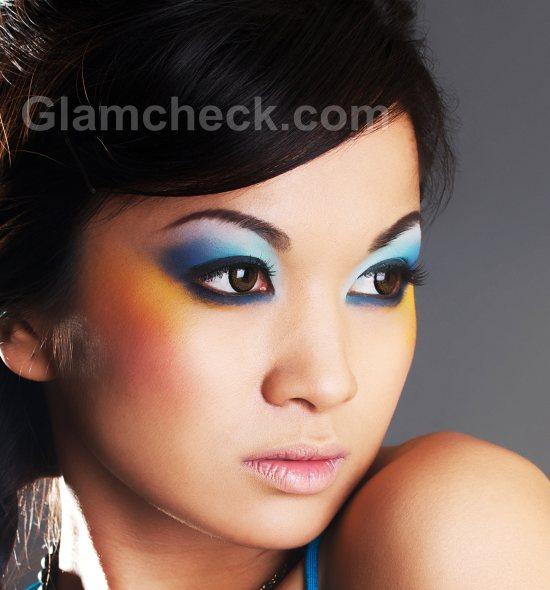 Blue-eye-makeup-3