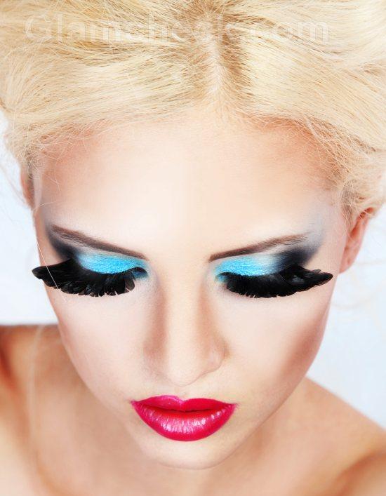 Blue-eye-makeup-6