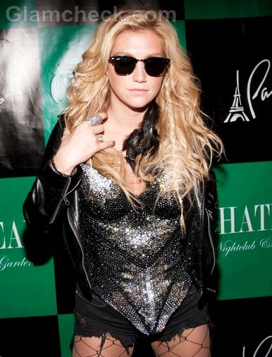 Kesha-without-makeup-2
