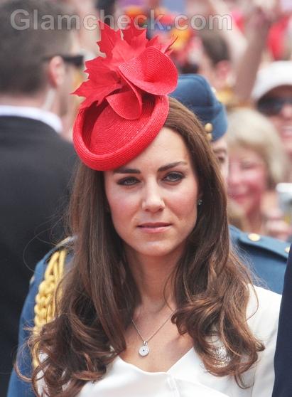 Catherine-Middleton-maple-leaf-hat
