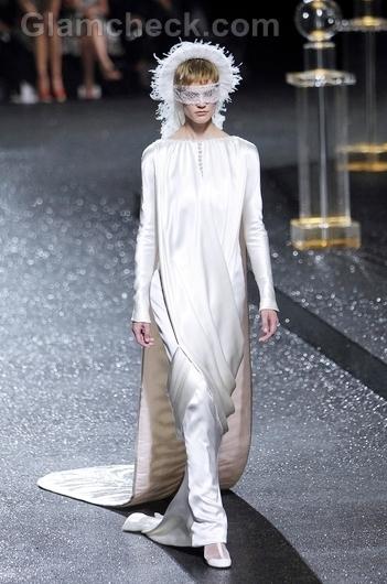 Chanel-Haute-Couture-f-w-2011-6