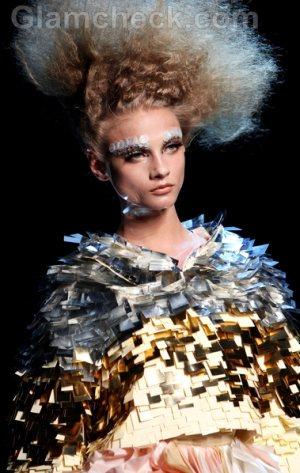 Christian Dior-Haute Couture Fall-Winter 2011-12-10