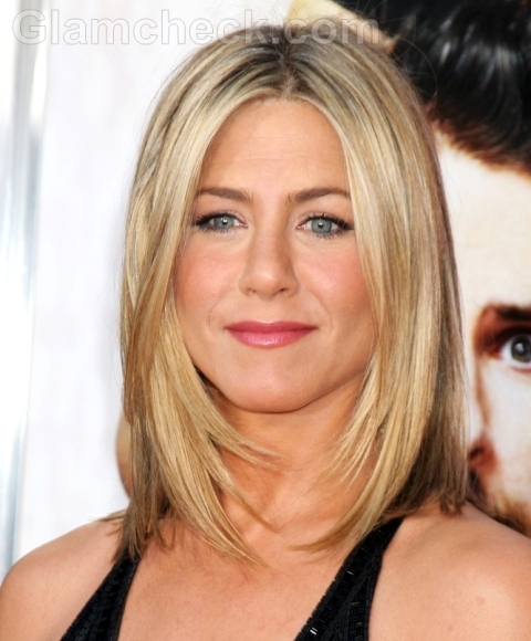 Jennifer Aniston Hairstyle: Neck Length Hair