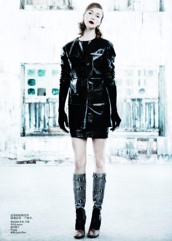 Raquel Zimmermann Vogue China August 2011
