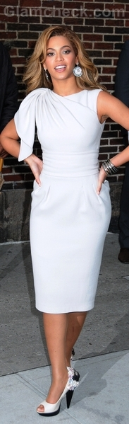 white sheath dress beyonce