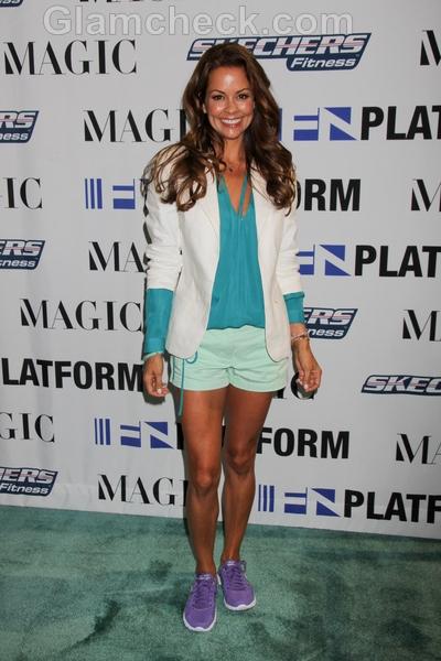 Brooke-Burke-in-Cotton-Shorts