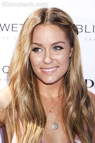 Hairstyles Parted In The Middle : Lauren Conrad Hairstyle Middle Parted Open Wavy Hair 2 Pictures to pin ...