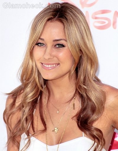 Hairstyles Parted In The Middle : Lauren Conrad Hairstyle: Middle Parted Open Wavy Hair