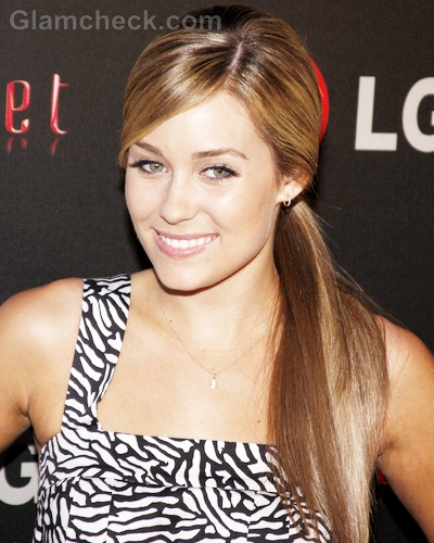 Lauren-Conrad-Hairstyle-Side-Swept-Ponytail-1