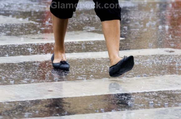 monsoon feet care shoes woman