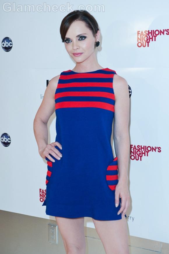 Christina-ricci-in-60s-inspired-mini-dress
