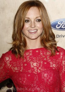 Jayma Mays pretty in Pink Lace Dress