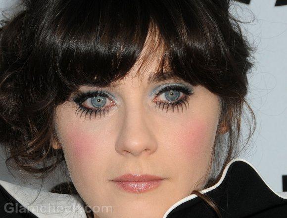Zooey Deschanel green eye makeup