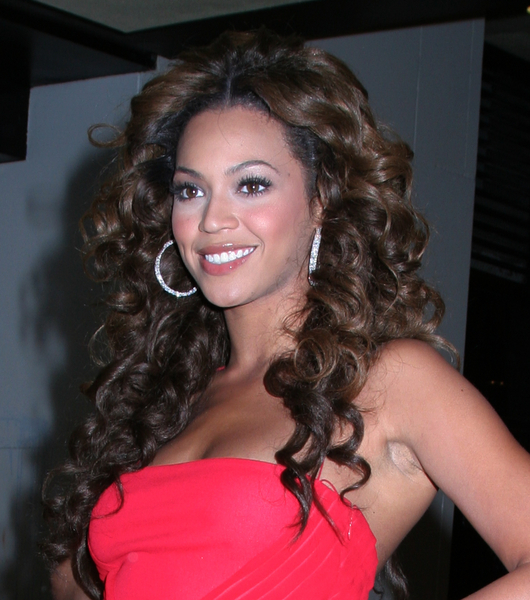 beyonce-curly-hairstyles-3