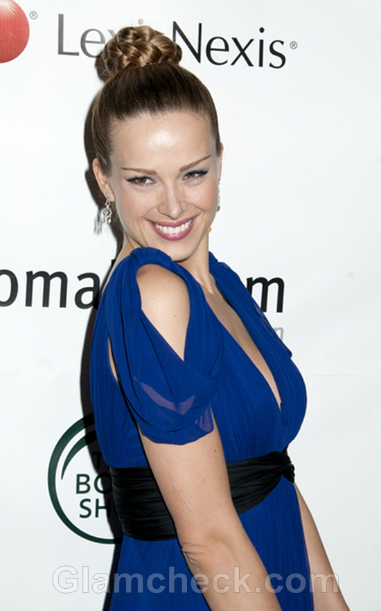 Braided-Top-Knot-hairstyle-Petra-Nemcova